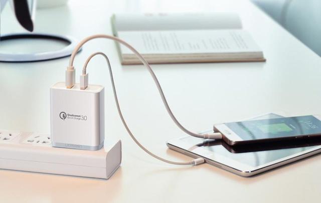 惊!你还在用快充充电器给普通手机充电吗?惊!你还在用快充充电器给普通手机充电吗?